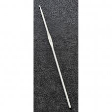 Aluminum crochet hook, 15cm., 3.5mm.